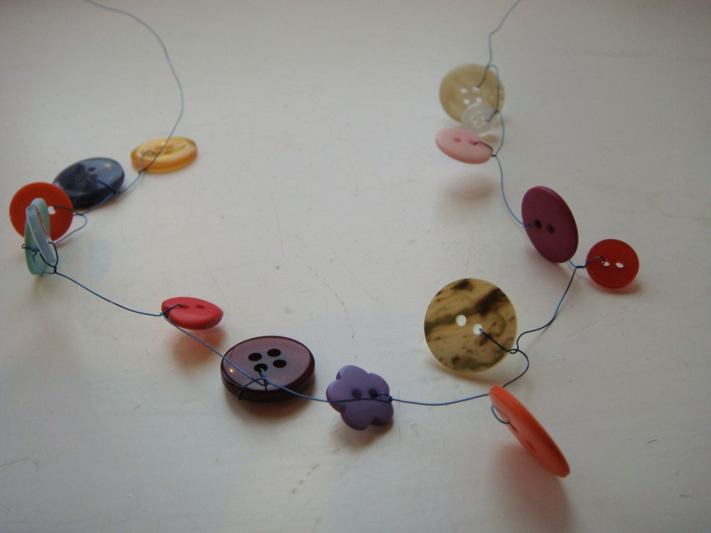 finished button garland