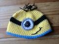 sarah minion hat